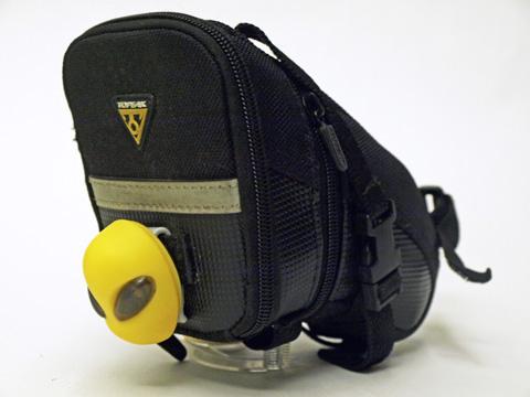 TOPEAK Alienluxをサドルバッグに装着