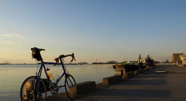 夕暮れの木更津港をGIOS FELUCAと共に