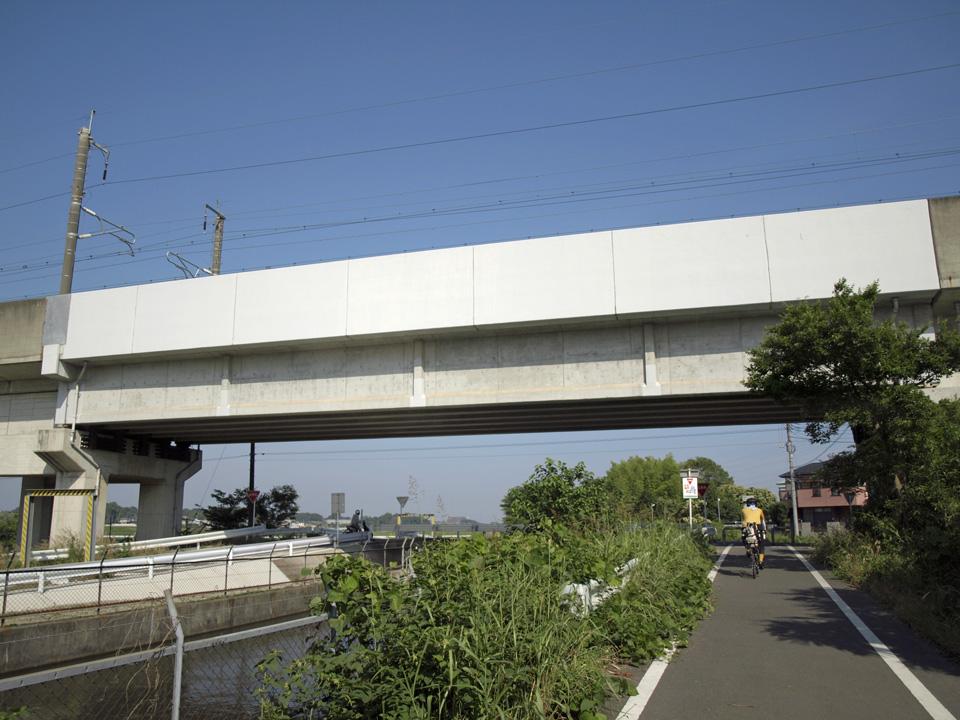 東北新幹線の高架