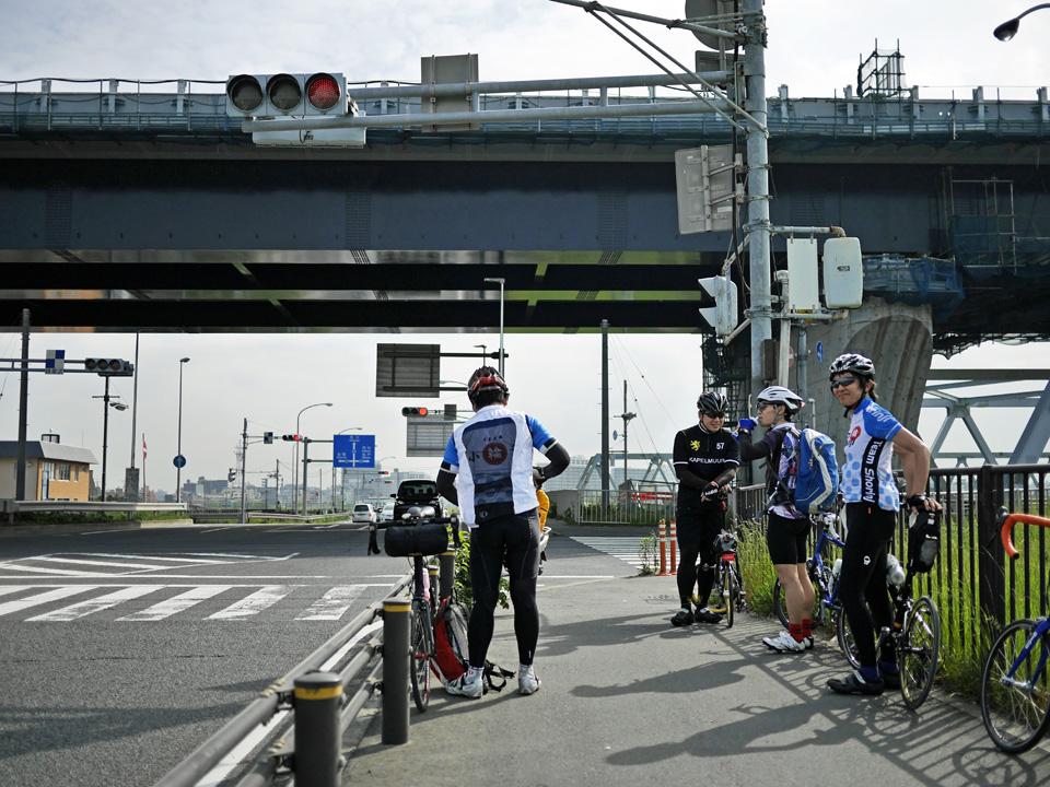 葛飾橋で江戸川左岸(千葉側)へ