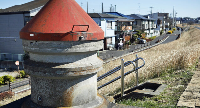 砧下浄水所の取水管空気抜き