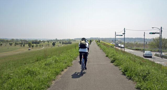 千葉県道170号と並走するサイクリングロード