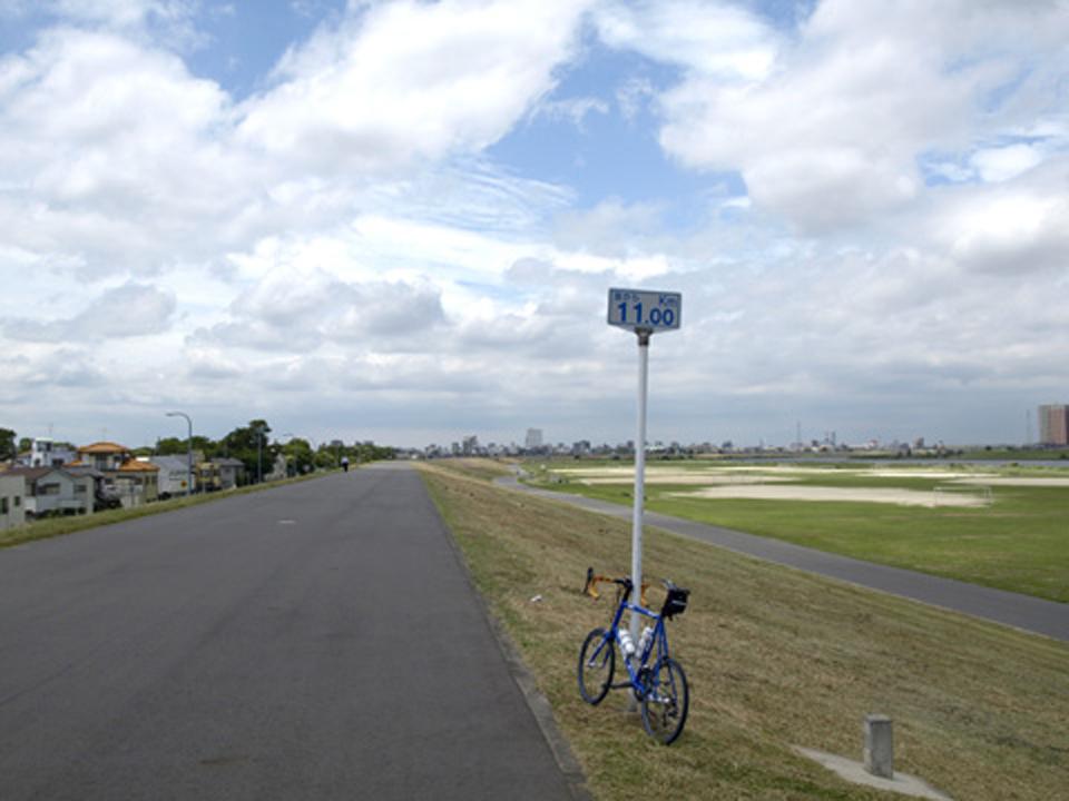 江戸川大橋(京葉道路)の北はCRが広くなります