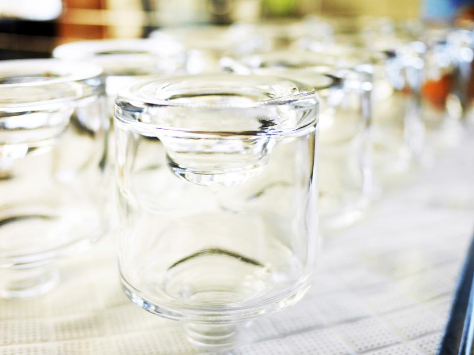 小分けにする瓶は洗浄して無水アルコールで消毒