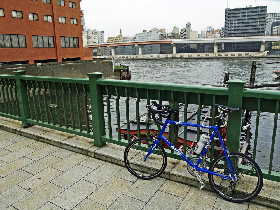 神田川に河口に架かる柳橋