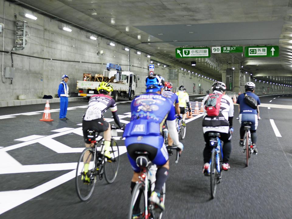 GAIKANサイクリング 東京JCT手前