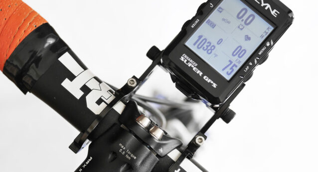LEZYNE SUPER GPS を Rec-Mountsに装着