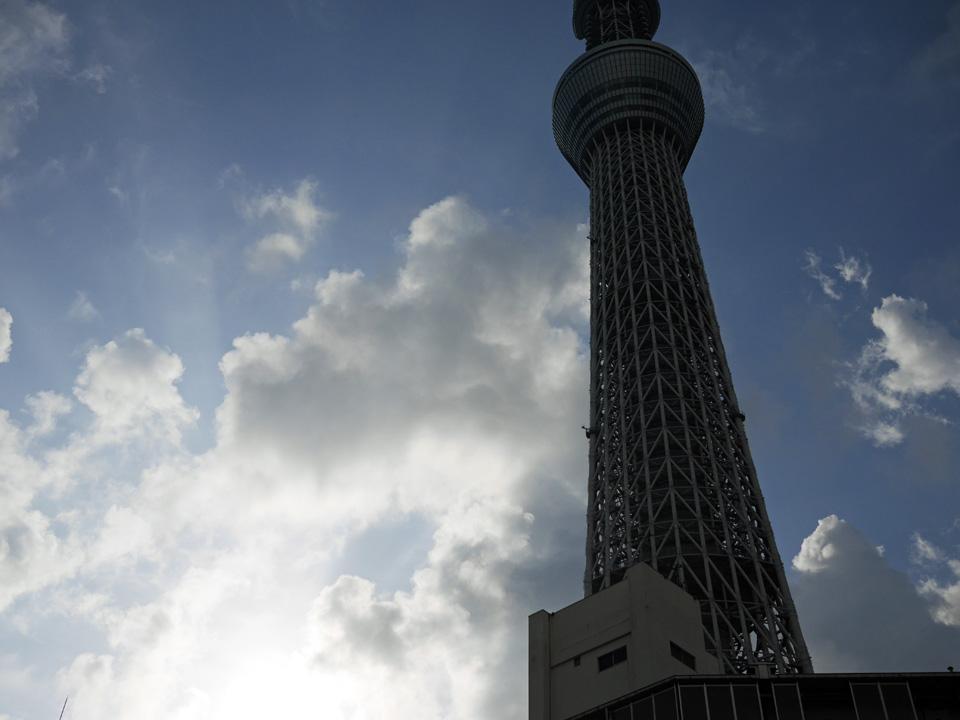 東京スカイツリーのふもとから曳舟川通りの遡上を開始