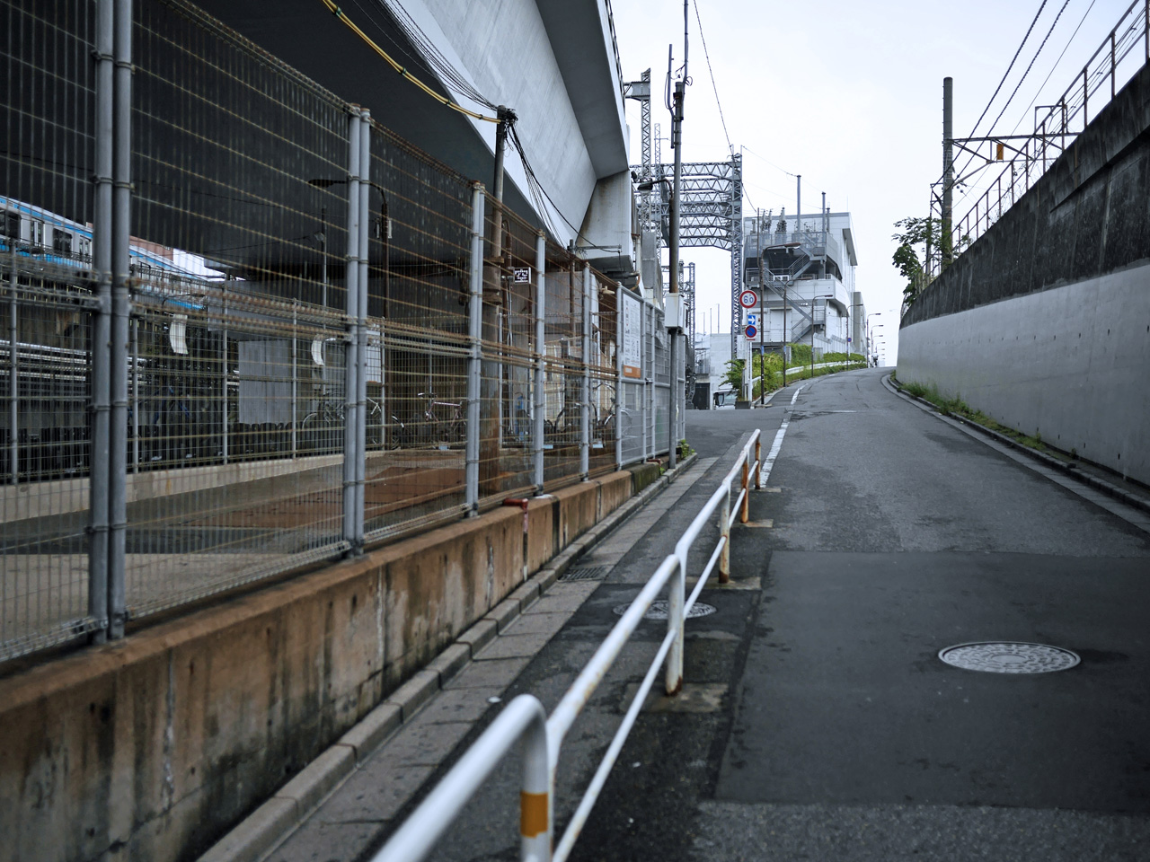 高崎線と新幹線の間