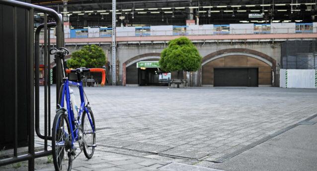 新橋駅日比谷口SL広場 GIOS FELUCA