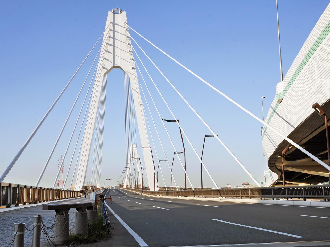 大師橋で多摩川を渡って東京へ
