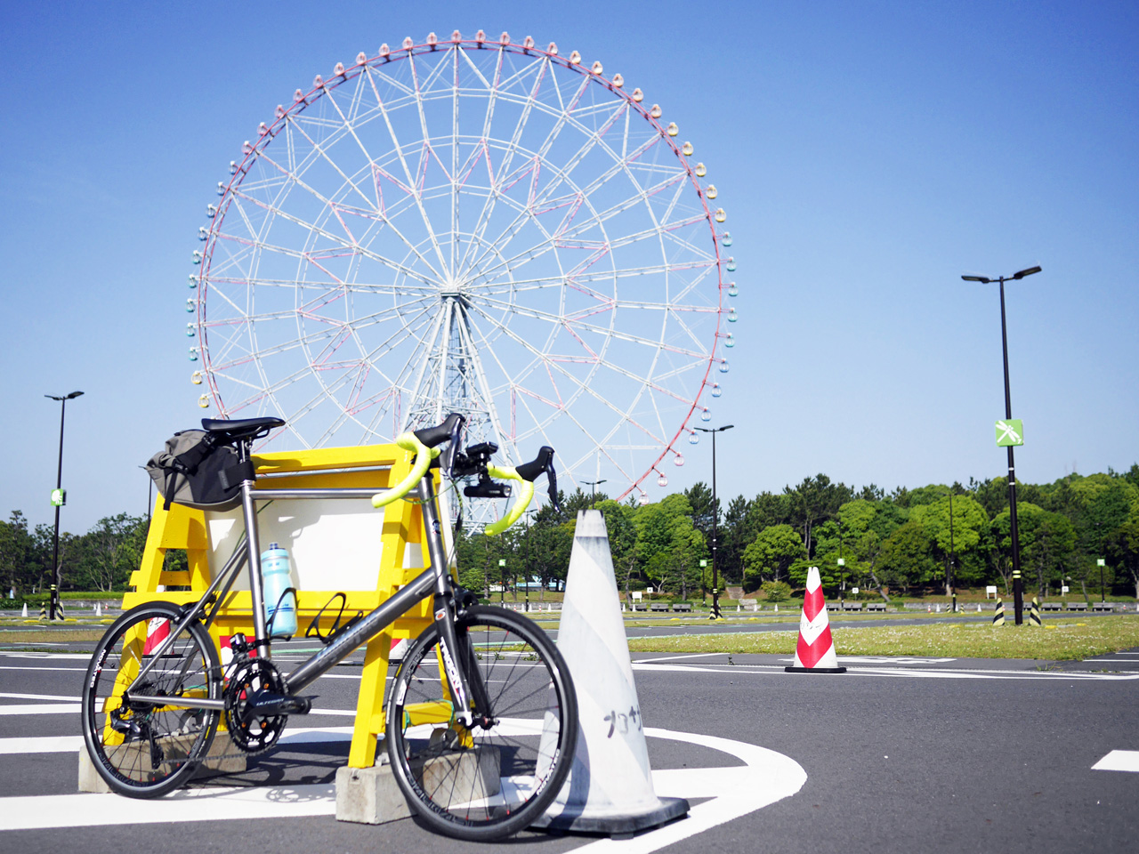 葛西臨海公園の大観覧車とLIGHTCYCLE Ti451