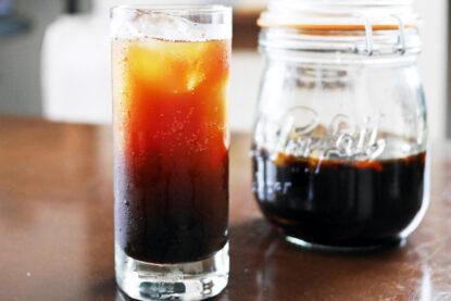 自家製の黒糖クラフトコーラ